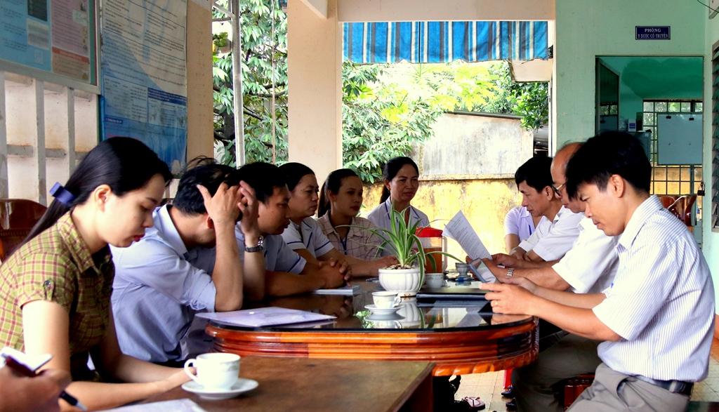 Phú Riềng Giám sát việc thực hiện Bộ tiêu chí Quốc gia về Y tế xã năm 2019